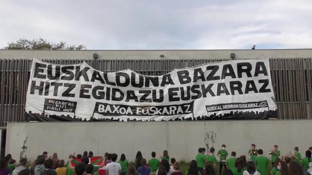 EUSKARALDIA : Etxepareko lizeotarren Lipduba