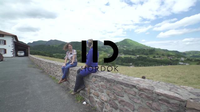 """[HORDOK] Audrey Hoc-en """"Etorkinen hitzak"""" webdokumentala"""