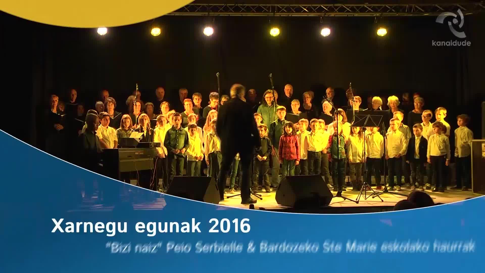 """Xarnegu egunak 2016: """"Bizi naiz"""" kantua"""