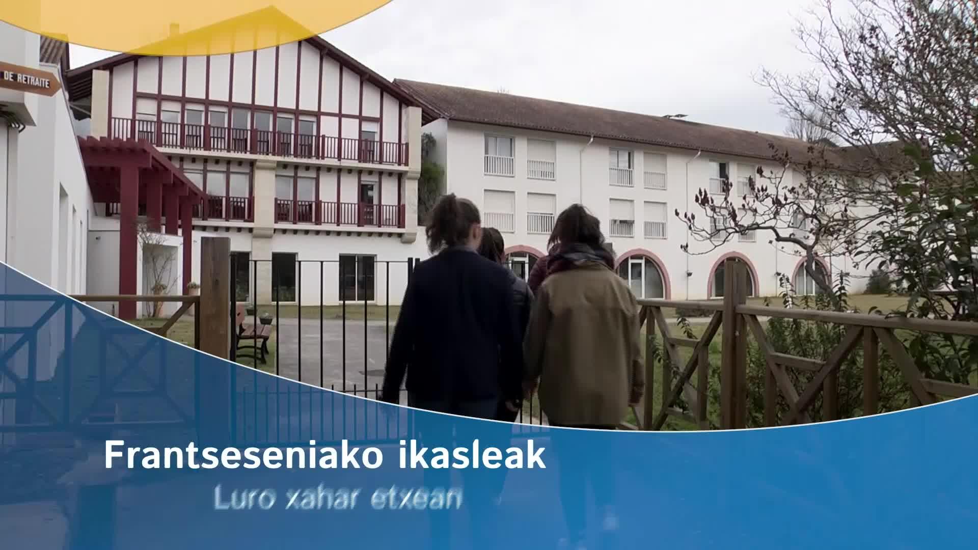 Frantsesenia lizeoa Garaziko xahar etxeetan