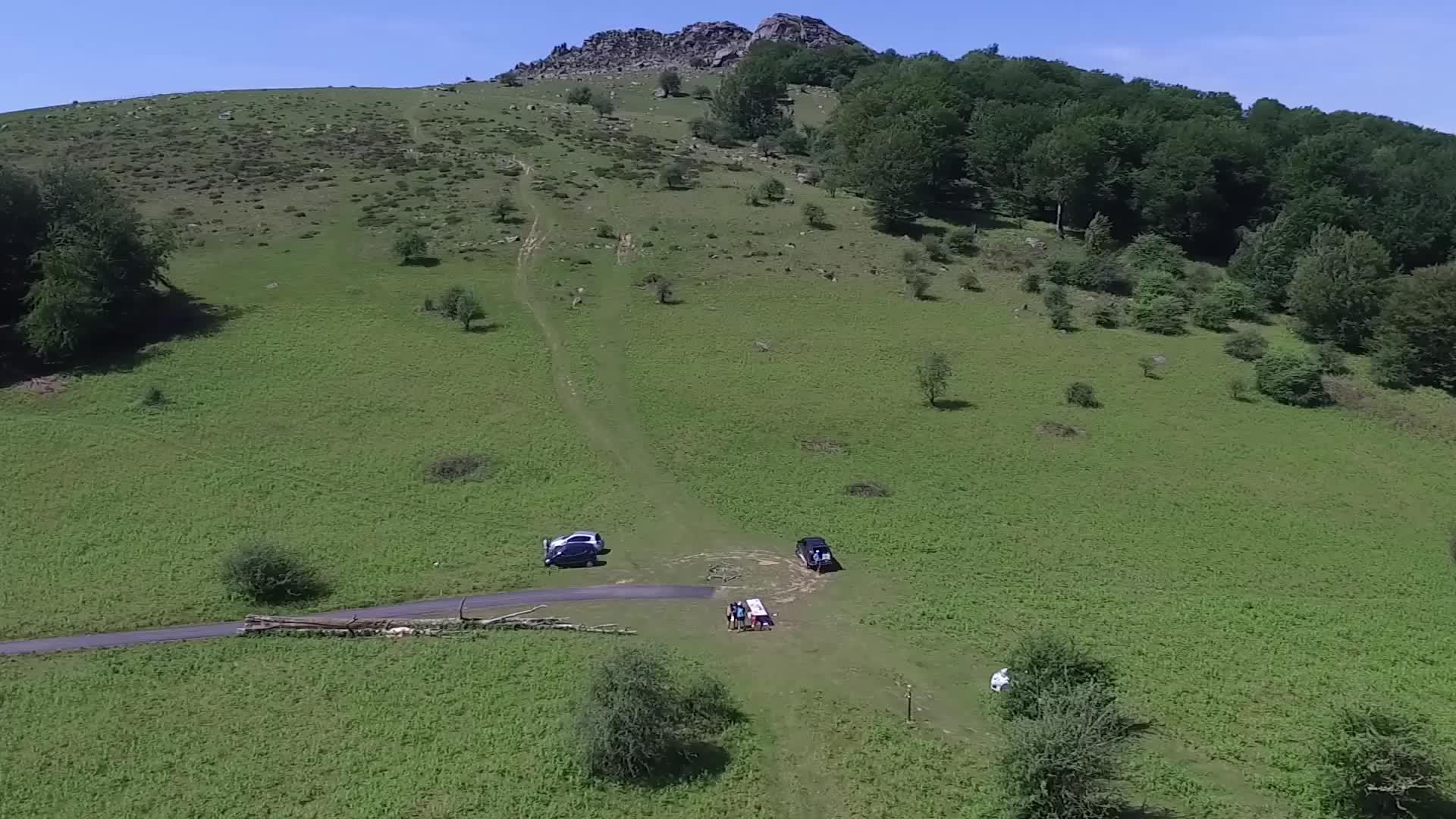 Euskal Trail 2017: laguntzaileak lanean
