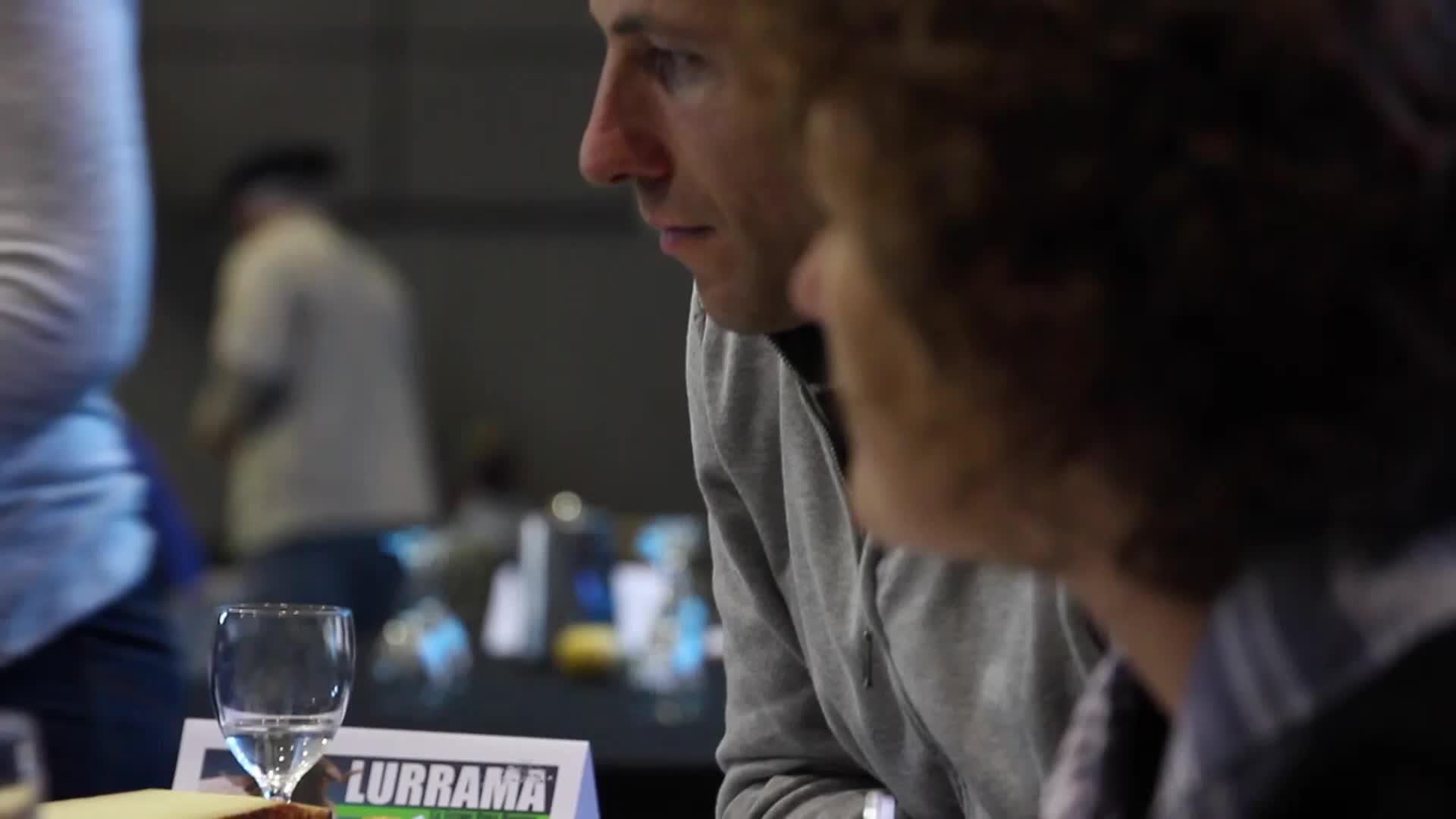 Lurrama 2015: Ostiraleko irudiak