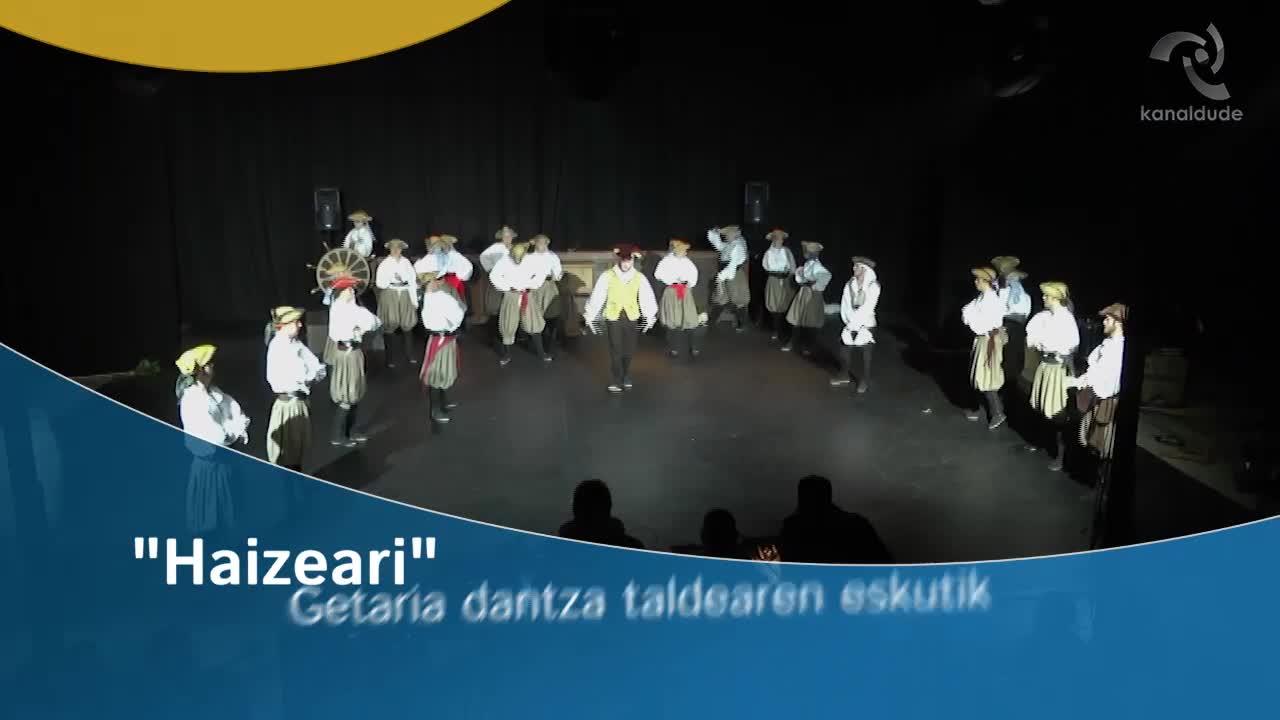 """""""Haizeari"""" Getaria dantza taldearen eskutik"""